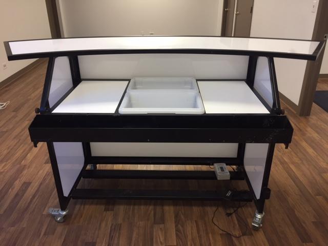 acrylic-bar-back
